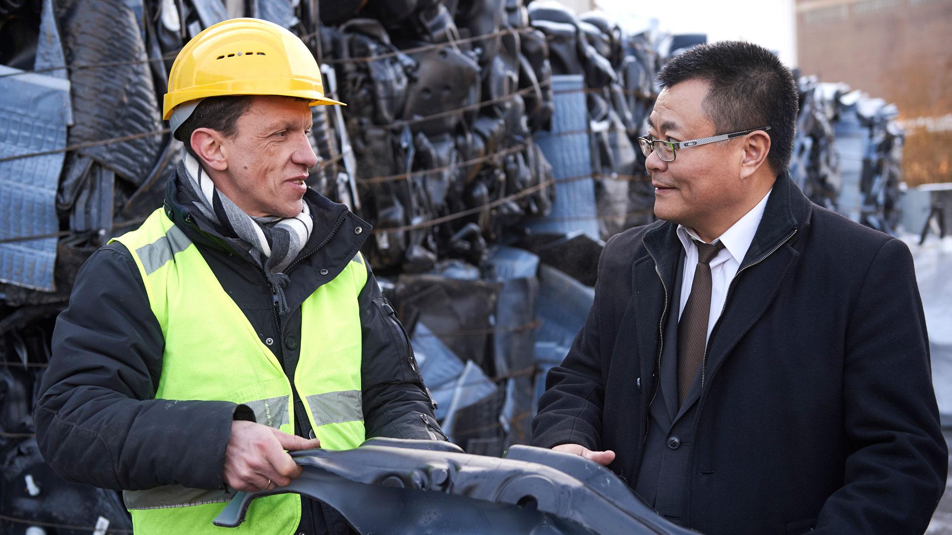 kunststoff recycling personen - Kunststoff-Recycling
